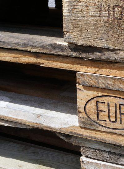 euro-pallets-1386517_1920